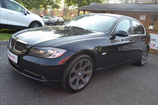 BMW Řada 3 3,0 330D-4x4-Xdrive-170kW-TOP sedan nafta
