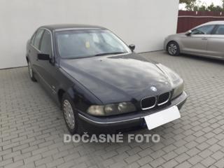 BMW Řada 5 2.0i sedan benzin