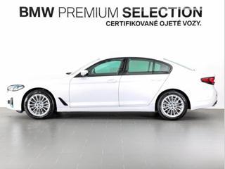 BMW Řada 5 520d xDrive sedan nafta - 3