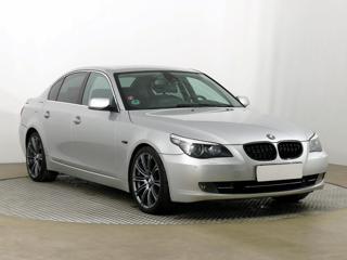 BMW Řada 5 540 i 225kW sedan benzin