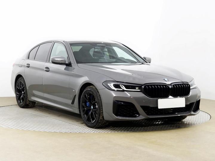 BMW Řada 5 540 i xDrive 245kW sedan benzin