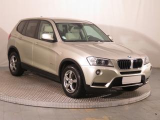 BMW X3 xDrive20d 135kW SUV nafta