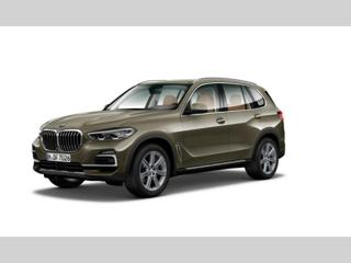 BMW X5 xDrive40i SUV benzin