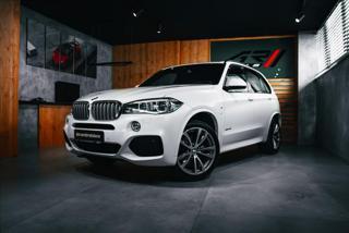 BMW X5 3,0 40 d xDrive, M SPORT PAKET, H/K, ZÁRUKA  BR SUV nafta