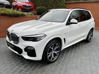 BMW X5 30d xDrive M-SPORT,HEAD-UP,PANORAMA,TAŽNÉ SUV nafta