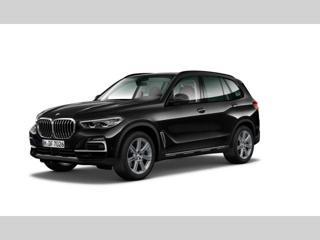 BMW X5 xDrive30d SUV nafta