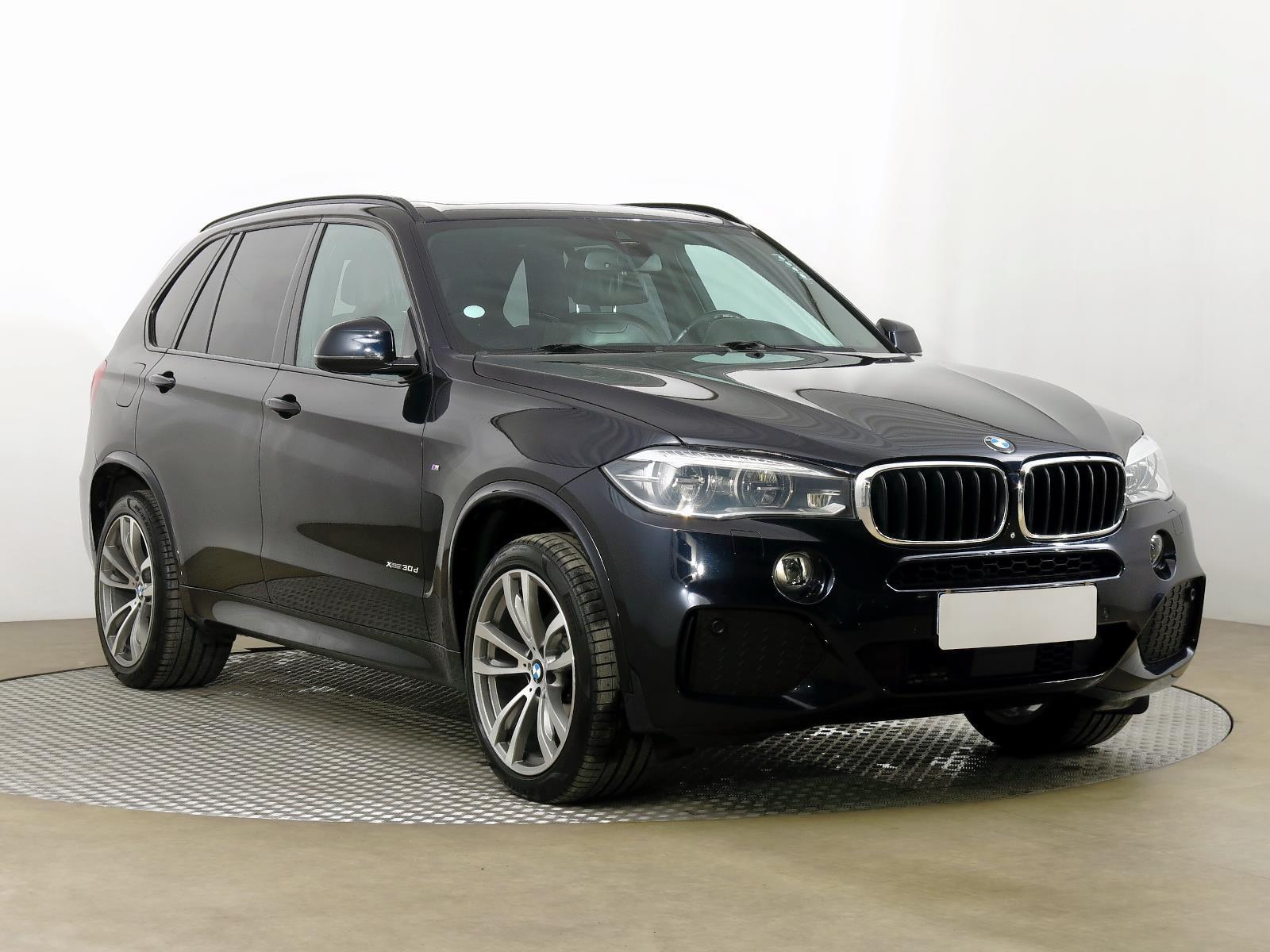 BMW X5 xDrive30d 190kW SUV nafta