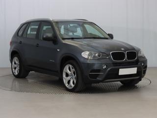BMW X5 xDrive30d 180kW SUV nafta