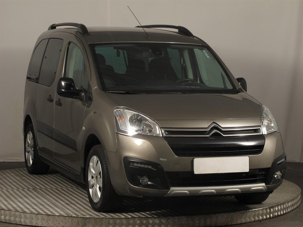 Citroën Berlingo 1.6 HDi 73kW pick up nafta