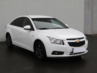 Chevrolet Cruze 1.6 16V sedan benzin