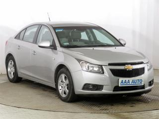Chevrolet Cruze 1.6 i 16V 83kW sedan benzin