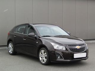 Chevrolet Cruze 1.6i, 1.maj, Serv.kniha, ČR sedan benzin