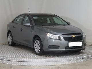Chevrolet Cruze 1.6 i 16V 91kW sedan benzin