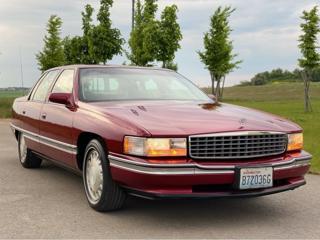 Cadillac DeVille 4.6 V8 limuzína benzin