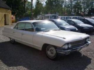 Cadillac DeVille 6,4 L sedan