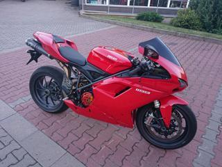 Ducati silniční sportovní
