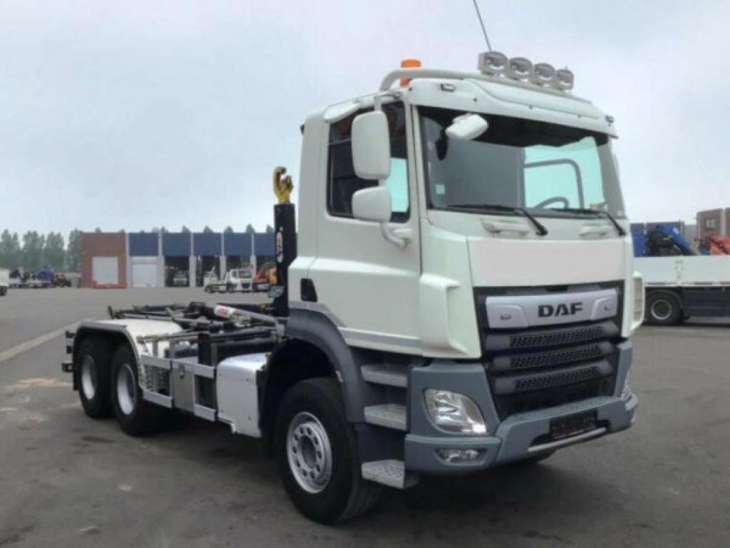 DAF 2019, 13000 ccm, 355 kW pro přepravu kontejnerů