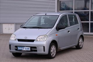 Daihatsu Cuore 1,0 i 43kW Serv. kniha Servo hatchback benzin