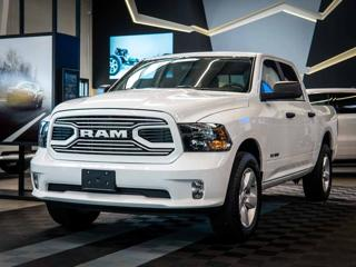Dodge RAM 5.7 V8 HEMI 4WD 20Alu pick up benzin