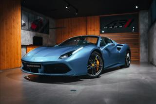 Ferrari 488 3,9 SPIDER, CARBON, LIFT, ZÁRUKA  BR kabriolet benzin
