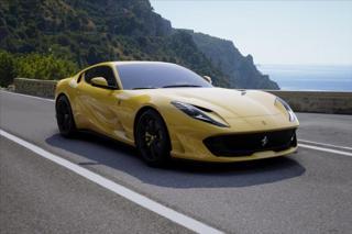 Ferrari 812 6,5 Superfast  / SKLADEM  SKLADEM kupé benzin