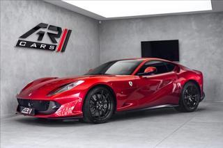 Ferrari 812 812 Superfast, rosso fuoco kupé benzin