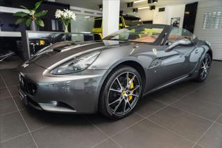 Ferrari California 4,3 Navi/Kamera/Keramické brzdy  IHNED kabriolet benzin