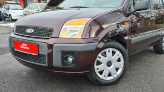 Ford Fusion 1,4i 59 Kw Ambiente + hatchback
