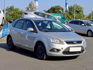 Ford Focus 1.6 16V 74kW hatchback benzin - 1