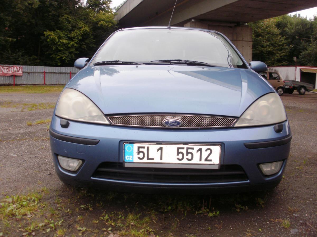 Ford Focus 1.8 16V Comfort Plus hatchback