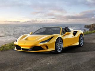 Ferrari F8 3,9 Spider / VOLNÁ SPECIFIKACE / 2-3Q/2022  IHNED kabriolet benzin