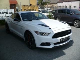 Ford Mustang 5.0 V8 California Special F1 kupé benzin