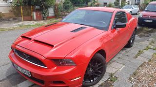 Ford Mustang 3,7 V6   227kw kupé