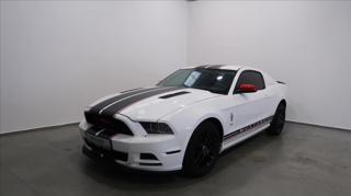 Ford Mustang 3,7   V6 kupé benzin