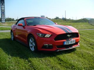 Ford Mustang 3.7 V6 Automat kabriolet benzin