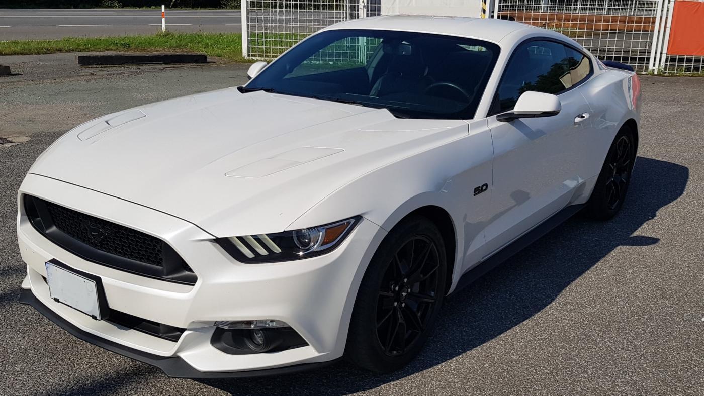 Ford Mustang 5.0i, V8 GT manuál! kupé
