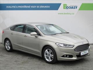 Ford Mondeo 1,5 EcoBoost TITANIUM NAVI ČR liftback benzin