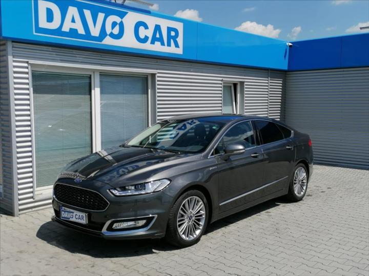 Ford Mondeo 2,0 i Vignale hybrid sedan hybridní - benzin