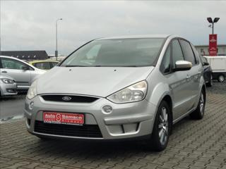Ford S-MAX 2,0 TDCi *AUTOKLIMA * ESP * MPV benzin