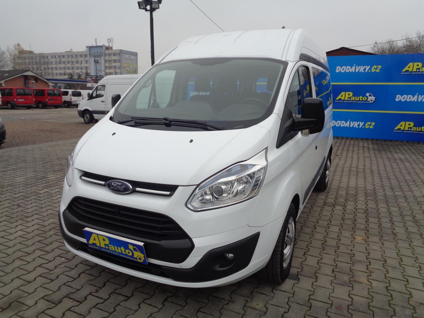 Ford Tourneo Custom L1H2 9MÍST BUS 2.2TDCI KLIMA SERVIS užitkové
