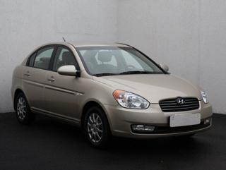 Hyundai Accent 1.6, ČR sedan benzin