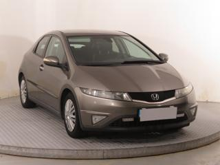 Honda Civic 1.8 i 103kW hatchback benzin
