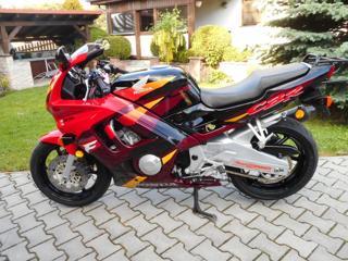 Honda silniční sportovní