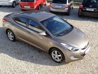 Hyundai Elantra 1,6 GDi 1.MAJITEL sedan benzin