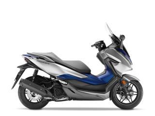 Honda 125 skútr