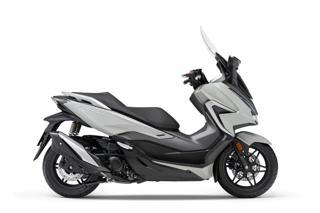 Honda 350 skútr
