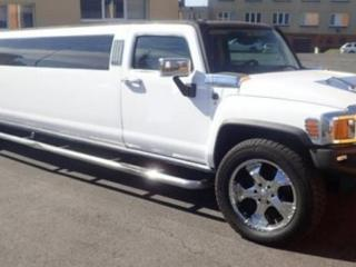 Hummer H3 8.7m party limo LPG limuzína
