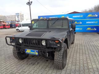 Hummer H1 6.5 V8 6 MÍST terénní