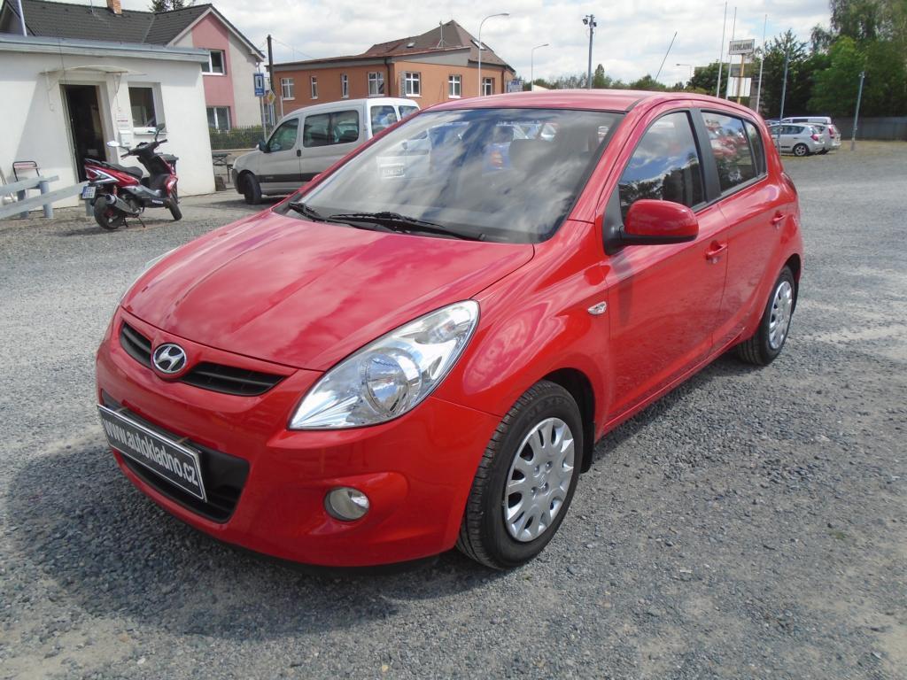 Hyundai i20 1.2 koup v ČR hatchback