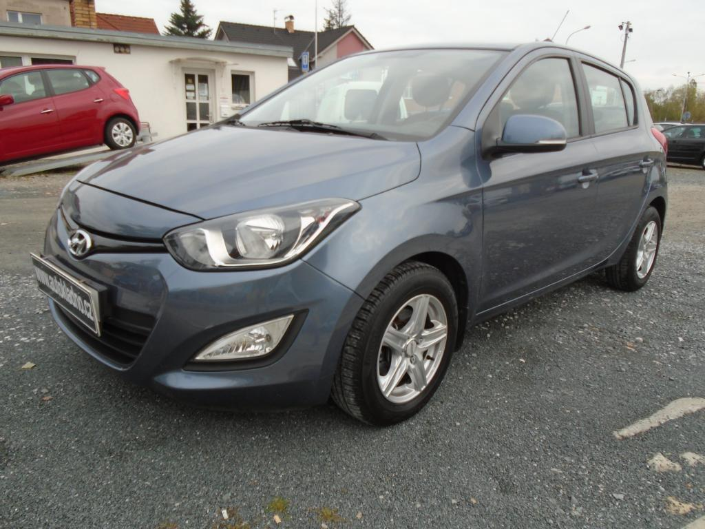 Hyundai i20 1.2  40 tis. km. koup. v ČR hatchback